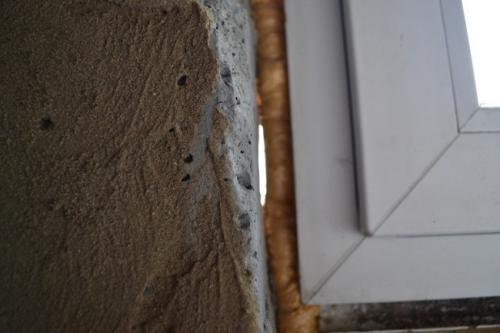 Дует с деревянных окон, как утеплить. Почему дует из пластикового окна?
