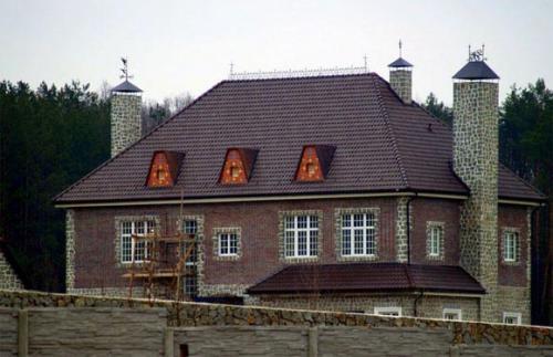 Стропильная система вальмовой крыши схема. Вальмовая крыша — стропильная система: элементы и устройство