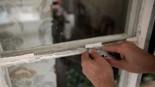 Чем замазать на зиму окна. №1. С чего начинается утепление деревянных окон?