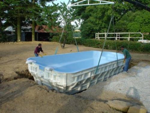 Бассейн на даче бетонный. Проектируем бассейн