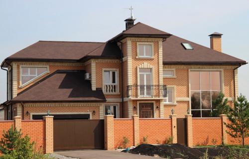 Дом из кирпича двушки. Особенности домов из кирпича