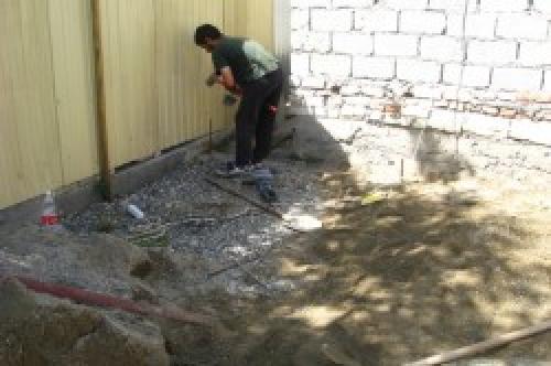 Как уложить тротуарную плитку на землю. Подготовительная работа