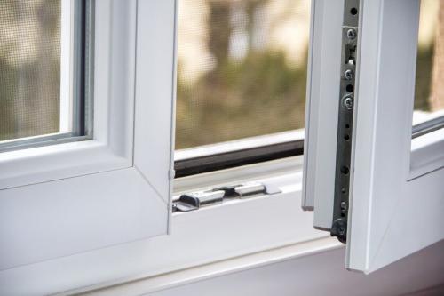 В пластиковых окнах летний и зимний режим. Как перевести пвх окно в зимний режим