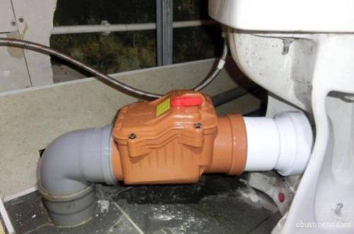 Обратный клапан на канализацию. Правильное расположение
